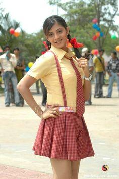 Pretty Asian Girl, Beautiful Girl Indian, Beautiful Girl Image, School Girl Pics, School Girl Dress, Most Beautiful Bollywood Actress, Bollywood Actress Hot Photos, Stylish Girl Images, Stylish Girl Pic