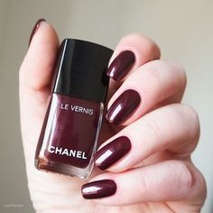 swatch CHANEL VAMP 18 (relaunched 2016)