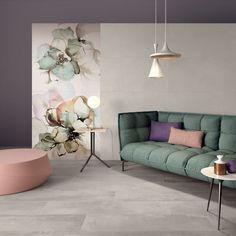 Une idée originale de #salon avec un beau #parquet et un beau mur en #carrelage