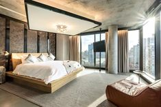 Fine places to stay in Vancouver: boutique and design hotels. Vancouver Travel, Visit Vancouver, Floating Staircase, Living Roofs, Lobby Interior, Glass Facades, Neutral Colour Palette, Hospitality Design, Hotel Reviews