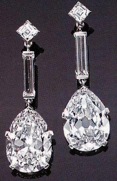 Cartier Diamonds and Platinum Earrings   ❤