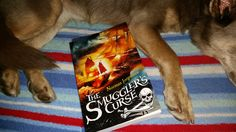 https://flic.kr/p/RDjyv6 | reading with dog | the #icklekelpie recommends the seafaring adventures of The Smuggler's Curse
