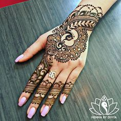 I just love to Post Beautiful Hand Pictures wirh henna Beautiful Simple Mehndi Design, All Mehndi Design, Peacock Mehndi Designs, Henna Hand Designs, Eid Mehndi Designs, Mehndi Designs For Beginners, Mehndi Simple, Mehndi Design Images, Mehndi Patterns