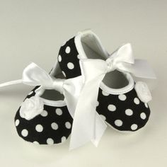 (loving the price!) Black and White Polka dot Baby Shoes Crib shoes by PoshPipsqueak, $9.95