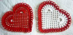These crocheted hearts are perfect for Valentine's day. Crochet Angel Pattern, Crochet Motif, Knit Crochet, Crochet Patterns, Love Crochet, Crochet Flowers, Crochet Hearts, Valentines Day Photos, Craft Patterns