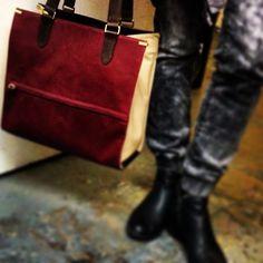 #morotran #oxblood #sizeright #tote #allday  #madeinnewyorkcity #beauty #design #inspiration #design #fashion #style #nyc #madeinmanhattan #fashionblog #fashionblogger #blog #blogger #luxuryaccessories #luxuryhandbags