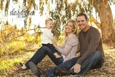 Love this pose for an outdoorsy family portrait                                                                                                                                                                                 More