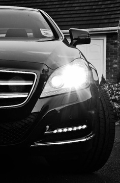 Mercedes CLS 350… Grace & Pace