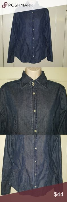 True Religion Brand Jeans Denim Jacket/Top Sz L Great looking denim blue jeans jacket or top. Size is a L. All buttons closure even on the cuffs. 100% cotton. True Religion Tops Button Down Shirts