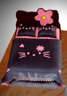 Hello kitty cake of a bed