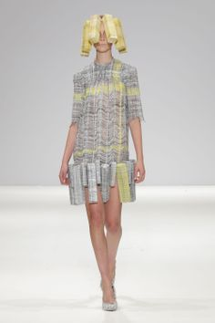Hellen van Rees SS13 look 1 #SS13 #hellenvanrees #fashion