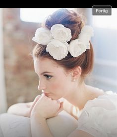 Dutt mit Blumen, Hochzeit