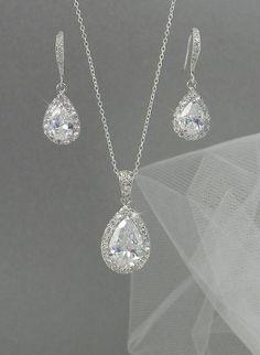 Crystal Bridal Earrings. Crystal wedding by CrystalAvenues on Etsy, $60.00