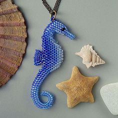 New Zealand Beadwork designer, best known for designing innovative 3D animals and jewellery. PDF's patterns are available.