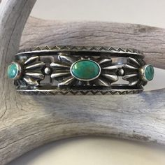 Vintage 'Button' Bracelet