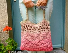 Patron Sac Boho au Crochet ~ Crochet Boho Bag Pattern Tutoriel Sac Boho au Crochet ~ Crochet Boho Bag Pattern – Fibre and Folk Crochet Market Bag, Crochet Tote, Crochet Handbags, Crochet Purses, Crochet Slippers, Crochet Beanie, Diy Crochet, All Free Crochet, Crochet Design