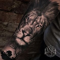 Lion Tattoo Models For Men - Tattoos For Men: Best Men Tattoo Models Lion Forearm Tattoos, Leo Tattoos, Bild Tattoos, Future Tattoos, Body Art Tattoos, Tattos, Lion Sleeve, Lion Tattoo Sleeves, Sleeve Tattoos