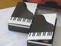 Piano keyboard gift boxes