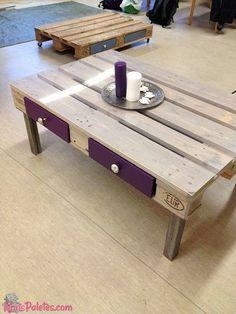 Mesa de centro feita a partir de #pallet   Veja tudo - http://maispaletes.com/?p=1034  #pallets #palletfurniture #decoration #upcycling