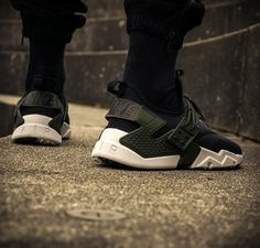5038bff848777 578 Best Sneakers  Nike Air Huarache images in 2019