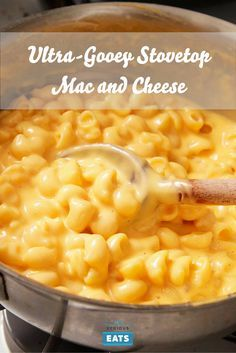 The Food Lab's Ultra-Gooey Stovetop Mac and Cheese Recipe Homemade mac and cheese doesn't take all that much longer, and it tastes a heck of a lot better. Mc And Cheese Recipe, Mc N Cheese, Homemade Mac And Cheese Recipe Easy, Cheesy Mac And Cheese, Boxed Mac And Cheese, Stovetop Mac And Cheese, Making Mac And Cheese, Mac Cheese Recipes, Macaroni Cheese