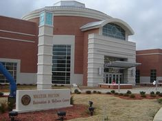 Jackson State University is located in Jackson, the capital city and the cultural, political and business center of Mississippi. http://www.payscale.com/research/US/School=Jackson_State_University_(JSU)/Salary