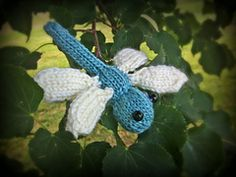 Ravelry: Dragonflies pattern by Cassidy Clark
