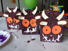 Read The Gruffalo by Julia Donaldson & Axel Scheffler, then make Gruffalos out of mini cereal boxes