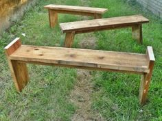 How To Build A Simple Homestead Bench DIY Project | http://thehomesteadsurvival.com/build-simple-homestead-bench-diy-project/