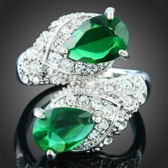 18K WHITE GOLD PLATED Dual Teardrop Emerald Rhinestone Ring Austrian Crystal