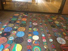Pinta y Punto. FÁCYL 2018 patio Casa de las Conchas Kids Rugs, Patio, Contemporary, Home Decor, Home, Shells, Dots, Artists, Blue Prints