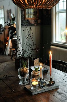 Pin by Amy Rylee on 2019 christmas trends in 2019 Cosy Christmas, Christmas Feeling, Decoration Christmas, Christmas Trends, Scandinavian Christmas, Christmas Is Coming, Decoration Table, Christmas Inspiration, Christmas And New Year