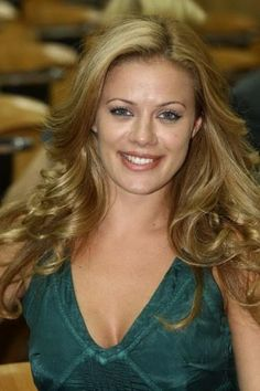 Zeta Makrypoulia is a Greek model, actress, and TV host.