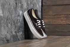 Vans Authentic Platform Black za skvělou cenu 1 690 Kč koupíte na Footshop.cz