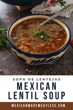 You must try this Mexican vegan lentil soup! It's super easy to cook, vegan, delicous and a cheap meal that's also healthy! Mexican Lentil Soup Recipe, Mexican Vegetable Soup, Mexican Beans Recipe, Mexican Vegetables, Mexican Soup Recipes, Vegan Lentil Soup, Lentil Soup Recipes, Bean Recipes, Vegan Refried Beans