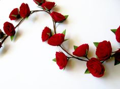 Handmade wedding garland with crepe paper flowers. This listing is for 1 meter garland with 18 red roses /diameter - 6 cm/ and silk green leaves. Please convo me if you want to buy different colors or different length! Discounts for large purchases and continuous customers!!! All my paper flowers: www.etsy.com/shop/LandofFlowers