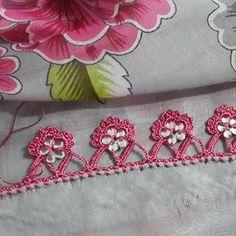 @f.aybal • Instagram fotoğrafları ve videoları Kare Kare, Crochet Stitches, Crochet Projects, Diy And Crafts, Coin Purse, Embroidery, Photo And Video, Instagram, Crochet Decoration