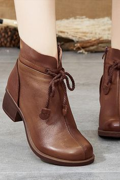 Women's Shoes Chunky Heel Fur Lined Boots Brown Round Toe Flat Patchwork Fashion Ankle Boots. Boots Gifts, Cute Boots, Retro Shoes, Buy Shoes, Women's Shoes, Nike Shoes, Golf Shoes, Casual Boots, Boho Boots
