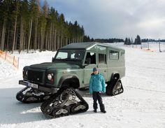 Land Rover Defender Satbir, snow tracks, made by Dajbych, Krkonoše