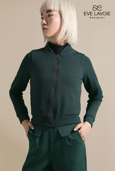 EVE LAVOIE EVE LAVOIE BLOUSON SATURNE VERT FORET Hooded Jacket, Athletic, Jackets, Fashion, Drill Bit, Down Vest, Jacket With Hoodie, Down Jackets, Moda