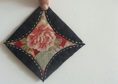 clutterpunk: Japanese kaleidoscope quilting... the slow burn.