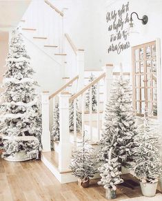 100 White Christmas Decor Ideas Which are Effortlessly Elegant & Luxurious - Hike n Dip Here are best White Christmas Decor ideas. From White Christmas Tree decor to Table top trees to Alternative trees to Christmas home decor in White & Silver Christmas Tree Forest, Winter Wonderland Christmas, Black Christmas, Noel Christmas, Winter Christmas, White Flocked Christmas Tree, Modern Christmas, Holiday Tree, Christmas Aesthetic