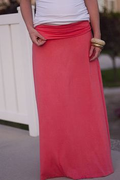 """Great Maxi Skirt tutorial! """"the kind of skirt that you can wear to church and take a 3 hour Sunday nap in.""""  I'm in!!! :-)"""