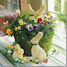 Gorgeous Easter Flower Bouquets  + Easter Linky Party