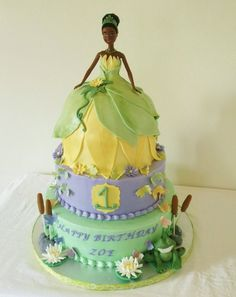 Tiana's cake - by bocadulce @ CakesDecor.com - cake decorating website
