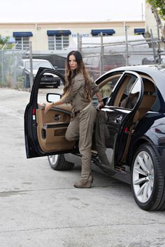 The beautiful Fiona Glenanne (Gabrielle Anwar)
