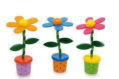 Drückblumen. 3-er Set. Durch Drücken des Blumentopfbodens wackeln die Blüten fröhlich mit ihren Köpfen! Holzspielzeug, Höhe ca. 13 cm; Ø ca. 4 cm