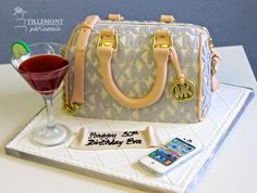 michael kors cake  | Michael Kors Purse With Accessories Fun Personalized Cakes Gâteau ...