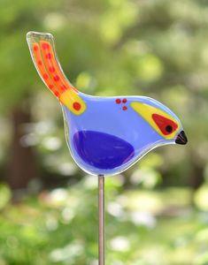 Easy Beach Glass art - - Sea Glass art For Kids - Glass art Garden Sun Catcher - Fused Glass art Angels Broken Glass Art, Sea Glass Art, Stained Glass Art, Diy Image, Glass Fusing Projects, Glass Art Design, Glass Garden Art, Art Diy, Art Sculpture