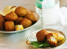 squash kibbeh: Cheese oozing out of these tender and sweet balls of bulgur and squash is a wonderful way to titillate the palate Middle Eastern Dishes, Middle Eastern Recipes, Easy Mediterranean Recipes, Eastern Cuisine, Lebanese Recipes, Vegetable Seasoning, Fish Dishes, Party Snacks, Squash